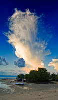 Nusa Lembongan's Cloud by SaiogaMan