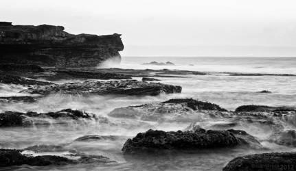 Tanah Lot Beach BW by SaiogaMan