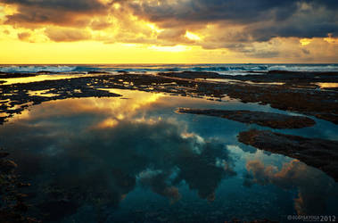 Sunset at Tanah Lot 2 by SaiogaMan