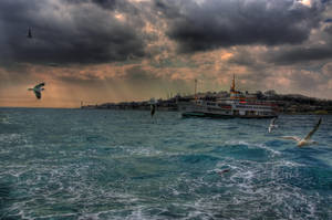 Light falls on Bosphorus by Stillmind