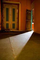 Full Empty Room by ReflexosIlusoes