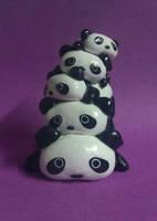 Tare Panda Pile by Sara121089