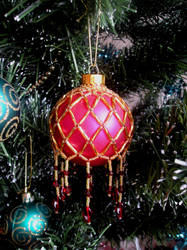 Beaded Bauble by LDOTT
