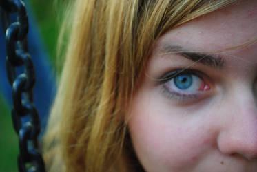 blue eye by UntoteDrecksau