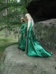 Father and son - Thranduil and Legolas by Menkhar