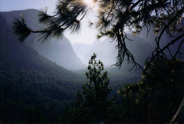 Yosemite-1 by lGrimesl