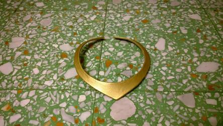 Cosplay accessory: Sleepeng beauty's necklace by FrancescaNekoryu