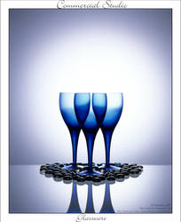 Commercial Studio: Glass 001 by Saknika