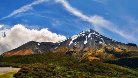 Mt. Taranaki by hquer
