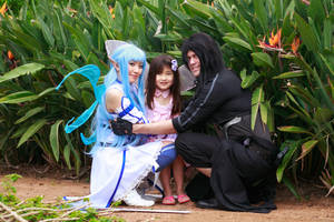 Big Happy Family: Asuna, Kirito, Yui by firecloak
