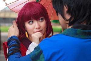 Hak Carresses Yona's Hair [Cosplay] by firecloak