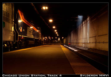 Chicago Union Station, Track 4 by Sylderon
