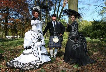 1873 costume and parisien skrt by debellespoupees