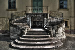 Mansion by GeRgOo