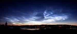 Noctilucent clouds panorama by JuhaniViitanen