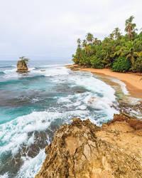 Beach Manzanillo Costa Rica by JuhaniViitanen