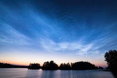 Noctilucent Clouds by JuhaniViitanen