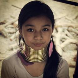Kayang girl by Danata