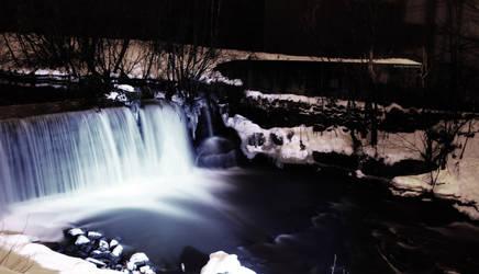 Waterfall2 by Rogerdatter