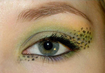 Gecko Inspired Make up by Klaudia88