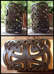 Celtic bracer by morgenland