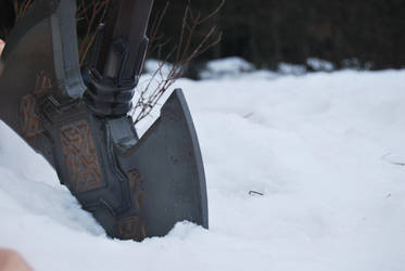 Snow axe by Puer-Dracul