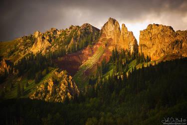 Mountain Storm Light by kkart