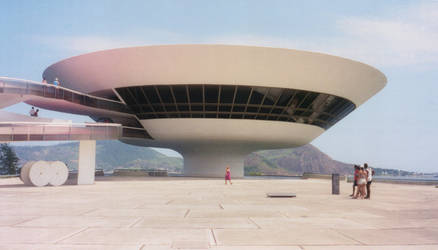 MAC Niteroi 3 by 00gaia