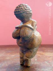 Copia de la Venus de Willendorf by museodelassombras