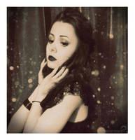 Drama Queen by winona-adamon