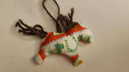 Pony Ornament for Christmas fairs - cute or tacky? by AoiKita