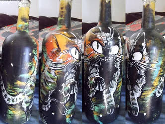 tabby rocket bottle by wimpod