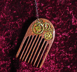 Steampunk Comb by Fandragon