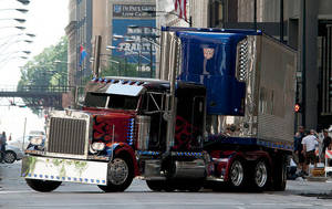 Optimus Prime with his trailer by TFGlider