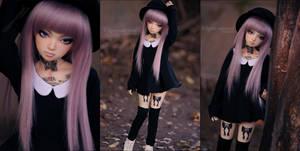 On Wednesdays, we wear black. by kuroi-carousel