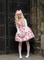 .:Angelic Pretty Bunny:. by Louyse