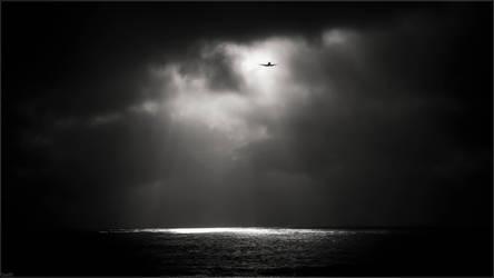 Bringer of light by Kaslito