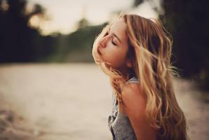 Enjoy the wind. by Lileinaya