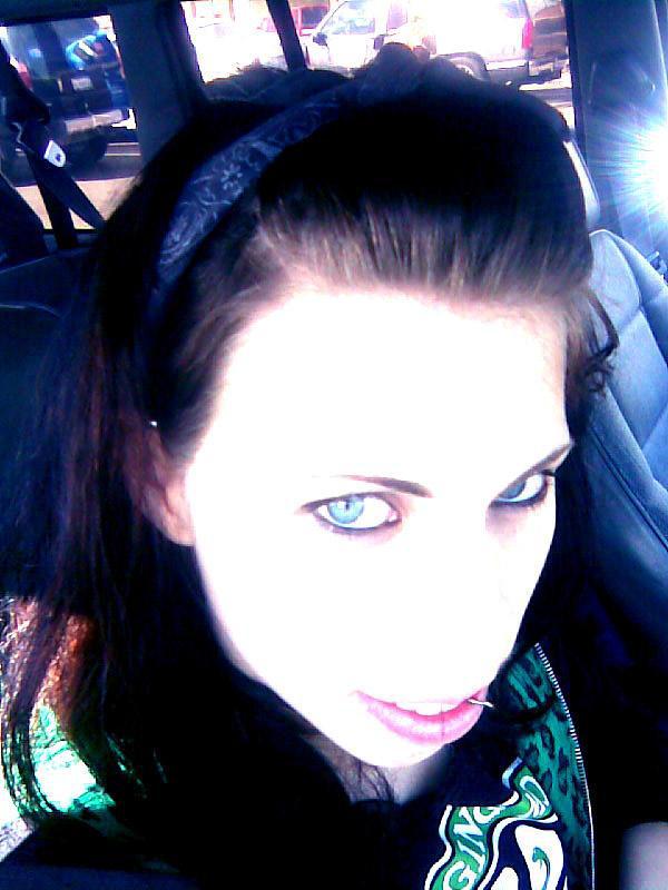 Vampress-Katora's Profile Picture