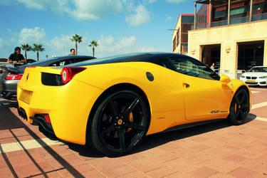 Ferrari 458 Italia by daharid