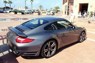 Porsche 911 Turbo 997 by daharid