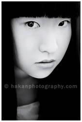 Crush Me by hakanphotography
