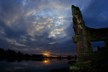 Sunrise in Cambodia by archlover