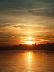 Gold Sundown by nieraviel
