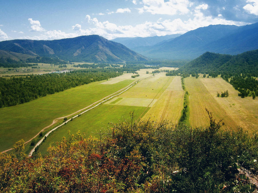 Uymon valley by MikeMS