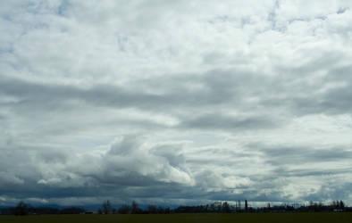 IMG_3881_clouds by cyborgsuzystock