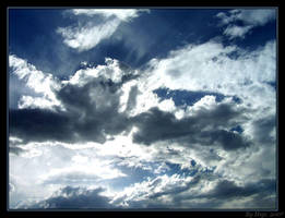 Clouds by yhdenenkelinunelma