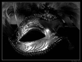 .:: Mask ::. by yhdenenkelinunelma