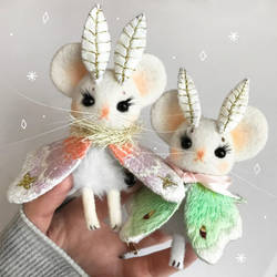 Mousemoth Dolls by Lumichi