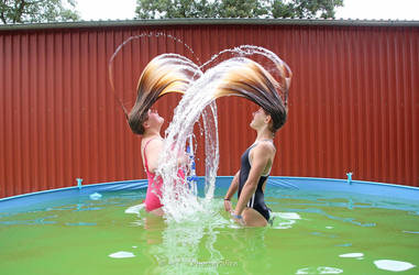 water game of lisa and sarah 1 by MT-Photografien